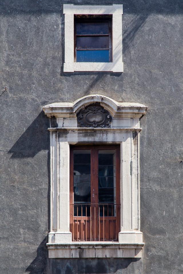 door in Sorrento, Italy